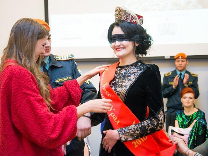 Названа королева регионального конкурса красоты для девушек с ограниченными возможностями здоровья