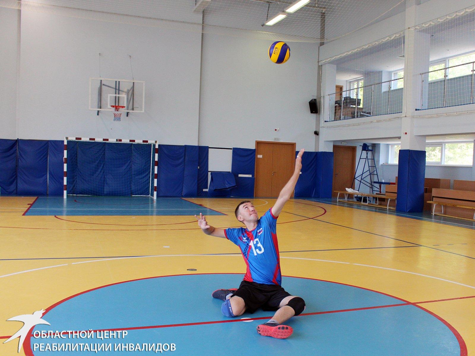 Алексей Мясников: Благодаря Центру реабилитации я полюбил физические нагрузки, а благодаря Сергею Упорову – волейбольный мяч