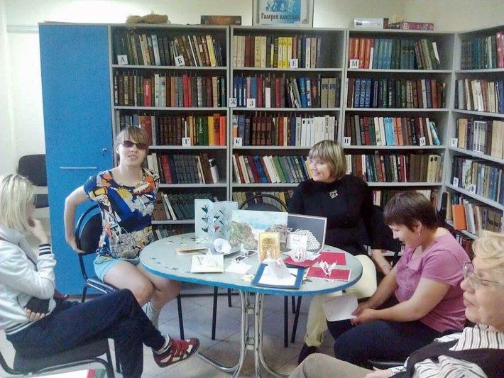 Презентация книги о мальчике-инвалиде перешла в живой диалог между автором и молодыми клиентами ОЦРИ